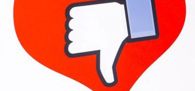 Cómo bloquear el día de San Valentín en Facebook